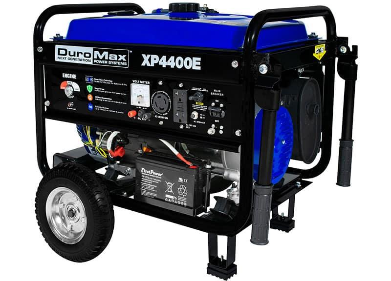 DuroMax XP4400E 4,400 Watt 7.0 HP OHV 4-Cycle Gas Powered Portable ...